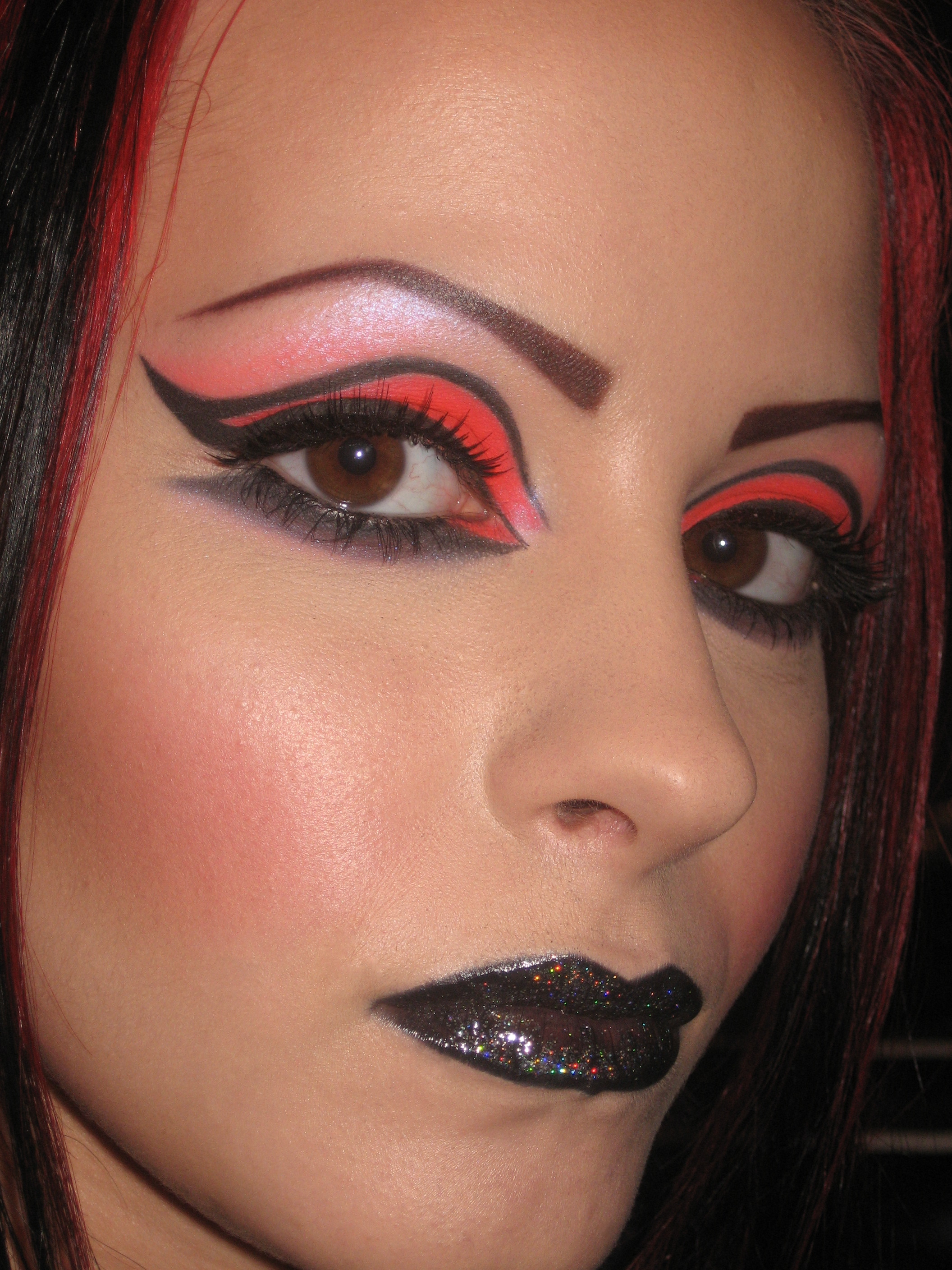 Light Makeup: Makeup For Black Lights » Heathyrre Kautz Couture